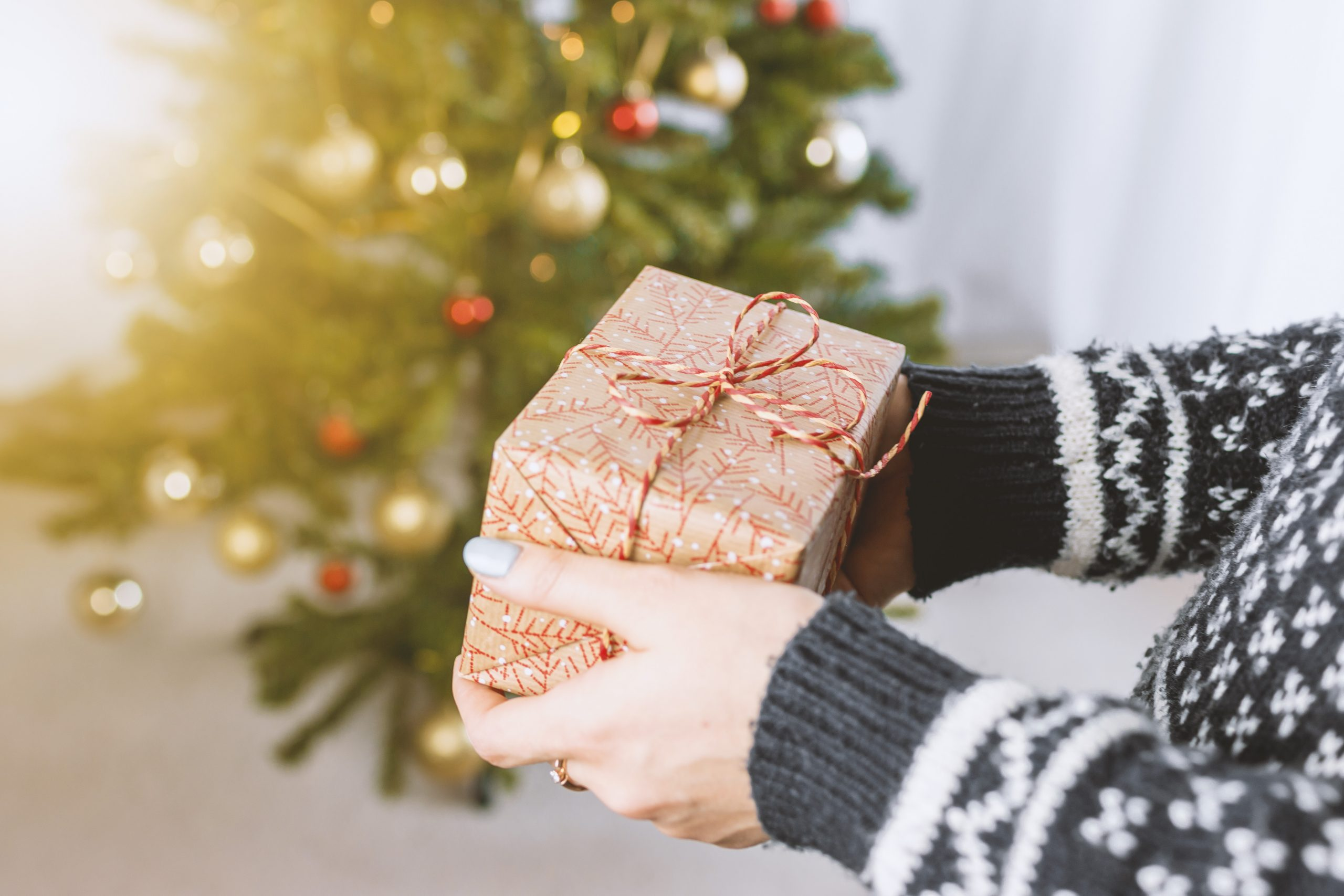 Idei de cadouri pentru un tânăr decis să studieze în străinătate