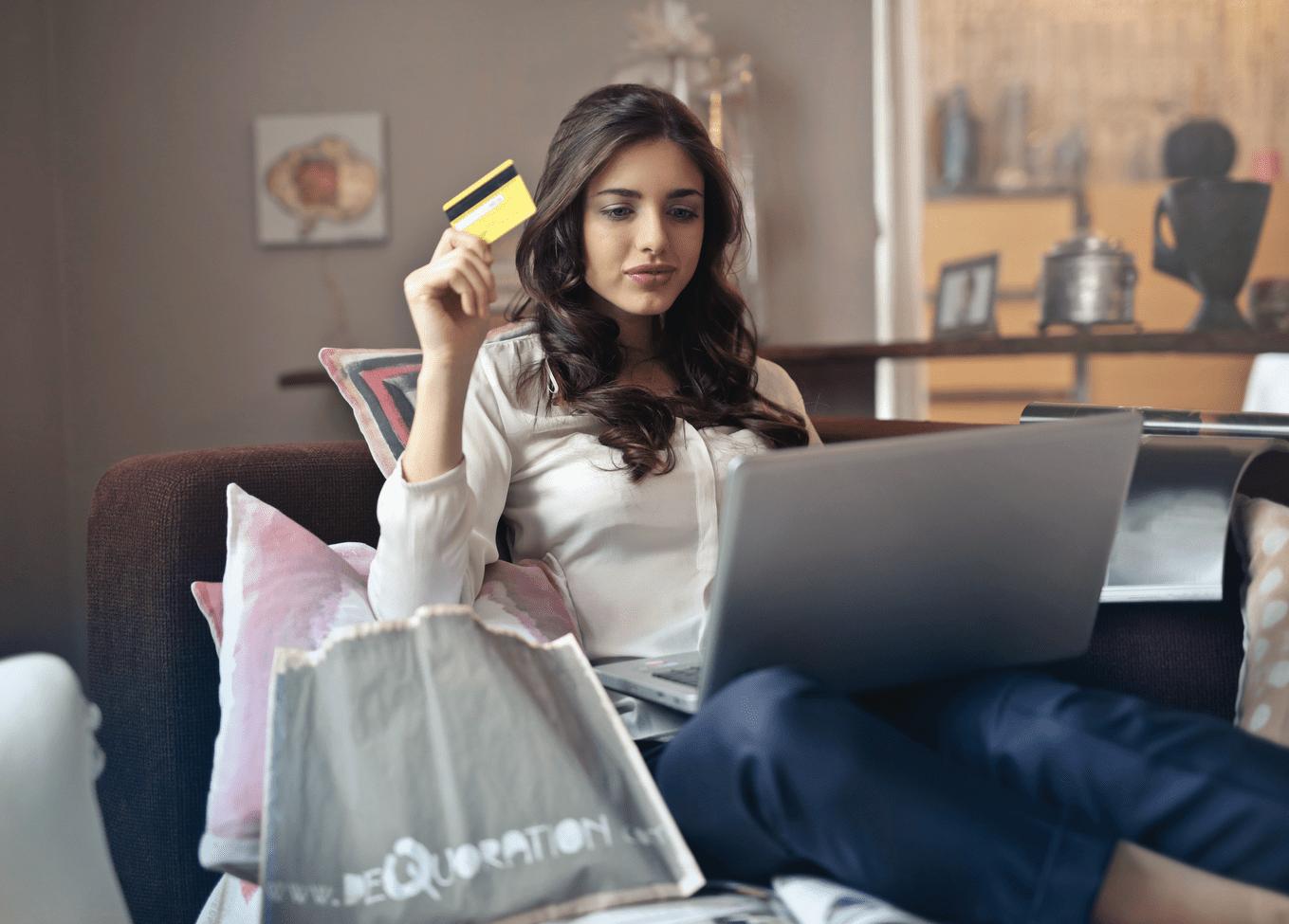 Care sunt diferențele între creditul FINS și alte tipuri de credite?
